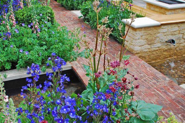 adam-frost-chelsea-garden-2009