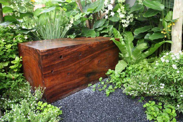 adam-frost-singapore-garden-seat